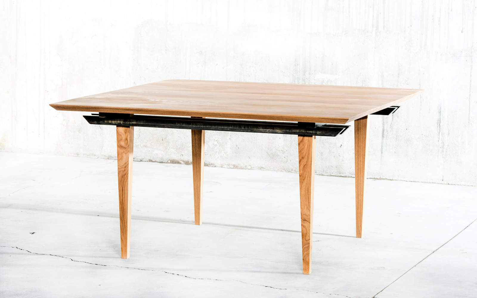 Indo Table